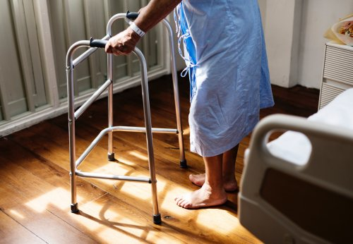 Elder Abuse warning signs to abuse in eldercare